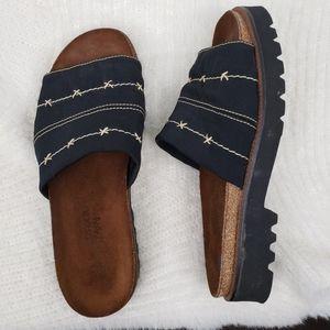Naot Ipanema Black Strap Comfort Slides 38